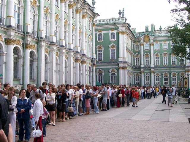 You will avoid this line to the Hermitage ticket office with my entry vouchers!